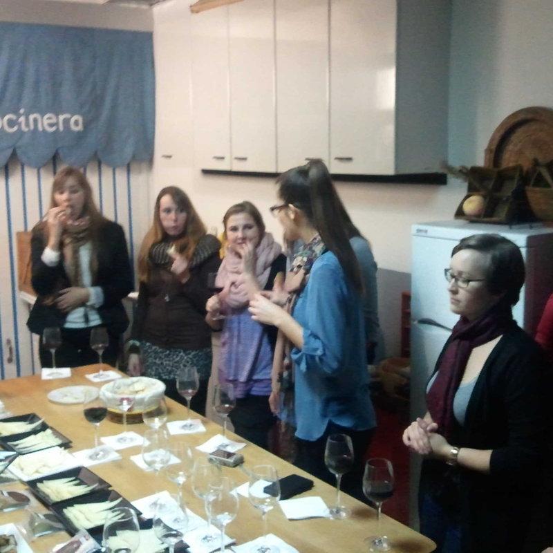 Cata de 8 quesos españoles y Galicia photo 2 / 3