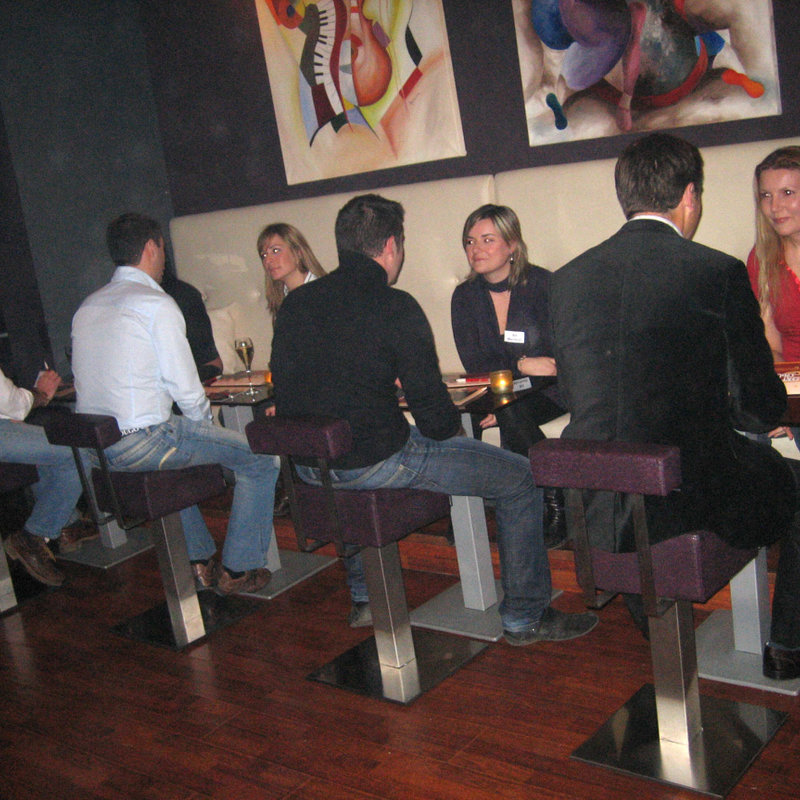 Noche de Speed Dating (Edades 28-40 años) photo 2 / 6