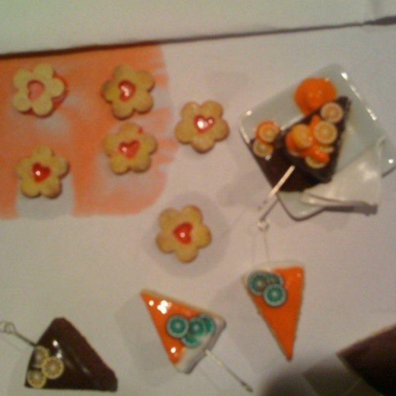 Taller de bisutería con miniaturas dulces photo 4 / 5