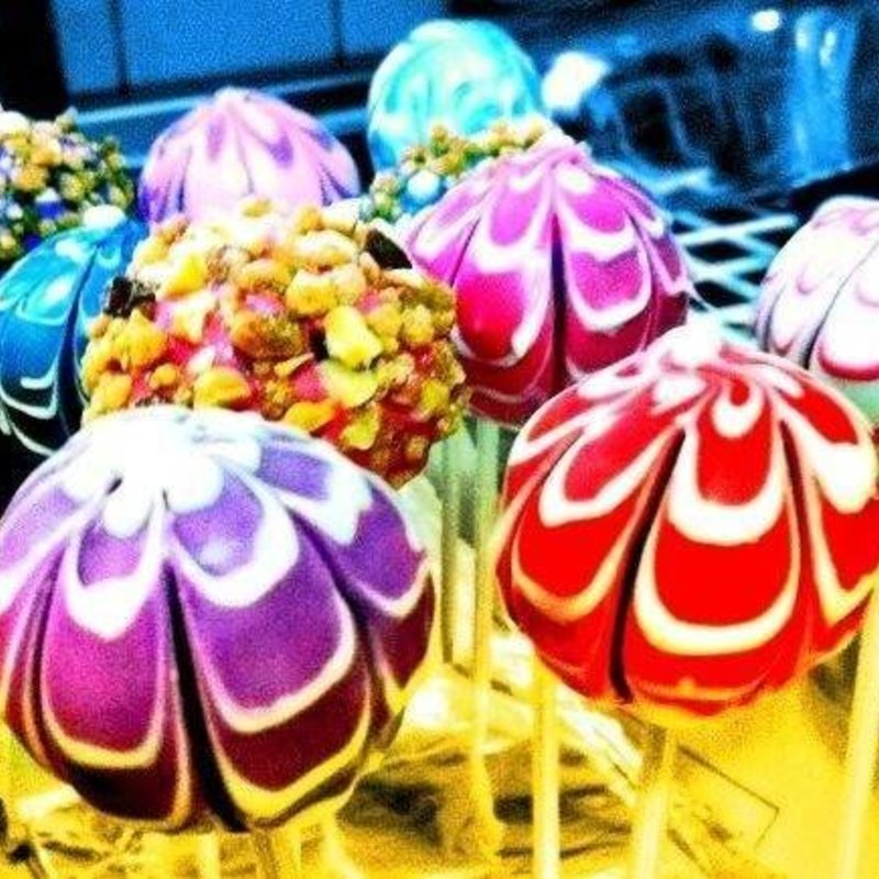 Taller de CAKE POPS: Joyas Navideñas photo 5 / 10